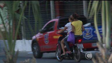 Em sete anos, mais de 400 crianças morreram sendo transportadas sem proteção em veículos - Em sete anos, mais de 400 crianças morreram sendo transportadas sem proteção em veículos