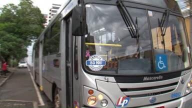 Greve dos motoristas e cobradores continua em Pato Branco - Em audiência ontem em Curitiba, empresa e sindicato não chegaram a um acordo.