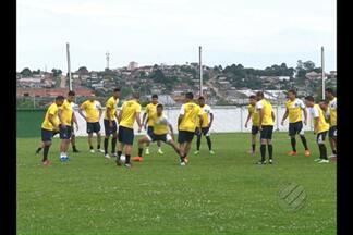 Em Curitiba, Remo faz último treino para enfrentar o Operário-PR - Leão vai tentar o acesso à Série C do Brasileiro.