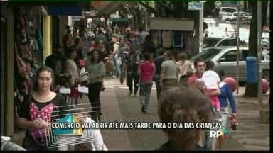 Dia das crianças movimenta comércio em Foz - O comércio também vai abrir no domingo.