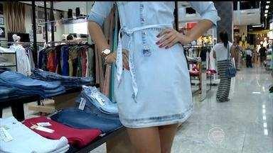 """""""Tá na moda"""": consultora de moda dá dicas e fala tudo sobre a moda Jeans - """"Tá na moda"""": consultora de moda dá dicas e fala tudo sobre a moda Jeans"""