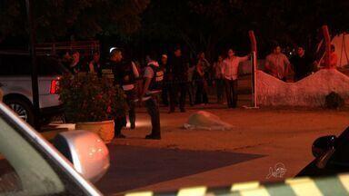 Suspeitos de assassinar policial civil em restaurante de Fortaleza são presos - Suspeito preso também é apontado como assassino de radialista em Pacajus.