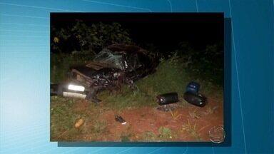 Acidente na MS-376 mata paulista entre os municípios de Dourados e Fátima do Sul - Um douradense ficou ferido. Os motivos do acidente ainda estão sendo investigados pela polícia.