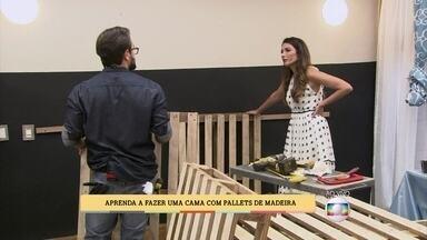 Especialista ensina a fazer cama com pallets de madeira - Patricia Poeta coloca a mão na massa e ajuda a montar cama e cabeceira
