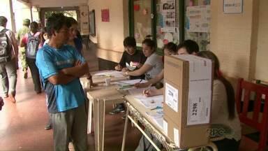 Argentinos vão às urnas para escolher o novo presidente do país - A expectativa é que a contagem final dos votos demore até uma semana.