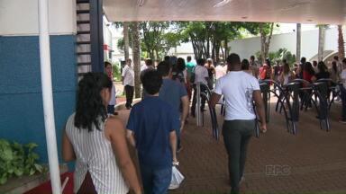 Gabarito da Enem sai na 4a feira - Milhares de candidatos fizeram a prova em Londrina. Nenhum incidente grave foi registrado.