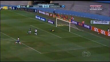 Goiás perde para o Cruzeiro e clima do clube esquenta - Derrota do time goiano é a quinta consecutiva.