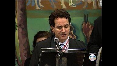 Ex-deputado Elmo Brás é enterrado na Zona da Mata - Ele morreu em acidente de helicóptero no fim de semana