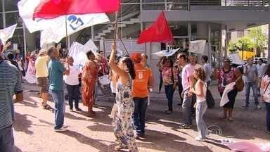 Prefeitura propõe reajuste de 5% em parcelas para servidores em greve - Trabalhadores vão apreciar proposta