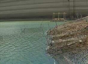 Compesa inicia obra para captação de volume morto do Sistema Jucazinho - Devido à obra, 12 municípios do Agreste irão ficar sem água por 15 dias.