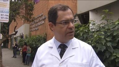 Oftalmologista usa internet para revelar crise em hospital de SP - Médico denunciou falta de material para fazer cirurgias de retina. Reclamação é sobre o Hospital da Universidade Federal de São Paulo.