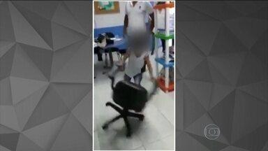 Divulgação de vídeo de menino quebrando secretaria de escola provoca polêmica - Mãe da criança de 7 anos ficou revoltada, com a divulgação do vídeo e a forma que o caso foi tratado na escola. Para advogado em Direito da Família, professores de colégio em Macaé, no Rio de Janeiro, deveriam ter contido o menino.