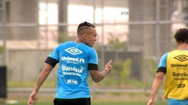 """Everton ganha confiança do técnico Roger - Direção do clube vê no jogador um novo """"Luan""""."""