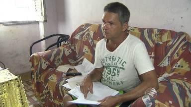 Por conta de greve, trabalhador afastado pelo INSS está há 2 meses sem receber benefício - Sem o auxílio doença, seu Atanalzido conta quem não pode comprar remédios e nem pagar a pensão dos filhos.