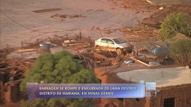 Veja vídeo de carro tentando fugir de rompimento de barragem - Enxurrada de lama destrói distrito de Mariana em MG