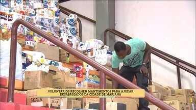Voluntários fazem corrente do bem para ajudar atingidos - Grupo de jipeiros se une em nome da solidariedade