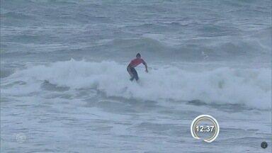 Campeonato de surfe em Maresias está na reta final - Estão sendo disputadas as baterias das oitavas de final.