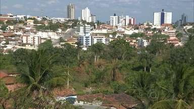 Mata do Louzeiro está abandonada em Campina Grande - População pede que o local seja revitalizado e se transforme em um jardim botânico.