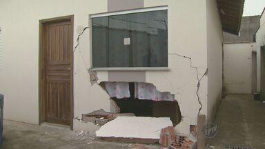 Motorista invade casa em Piracicaba - A suspeita é de que ele estava dirigindo embriagado.