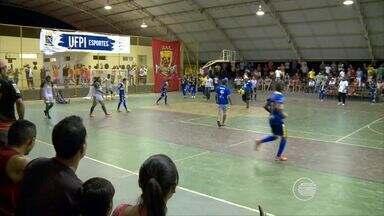 Definidos os finalistas do primeiro turno do estadual de futsal - Definidos os finalistas do primeiro turno do estadual de futsal