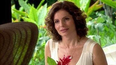 Sílvia oferece ajuda a Melissa - A madame finge que nada está acontecendo com Tarso e muda de assunto