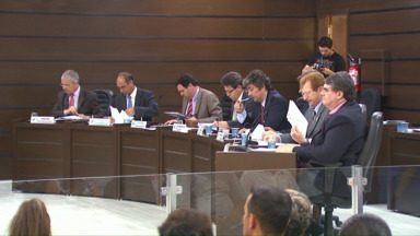 Veradores discutem emendas da Lei de Diretrizes Orçamentárias - As cinco emendas que propõem construção ou reforma de escolas e creches foram aprovadas.