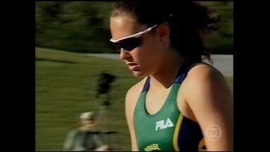 Fabiana Murer relembra início da carreira e participação no Pan de 1999 - Atleta comenta sobre condição feminina.