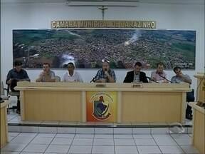 Câmara de vereadores apresenta medidas para reduzir gastos em Carazinho,RS - A população pressionou e pediu a redução