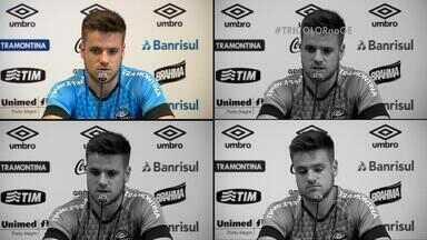 Ramiro exalta importância de Roger na campanha do Grêmio no Brasileirão - Volante retorna de lesão no joelho após sete meses.