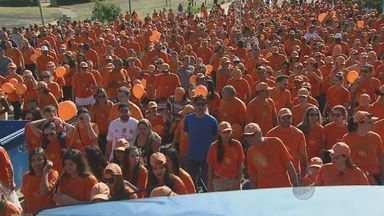 Cerca de 1,4 mil pessoas participaram de uma prova de rua em Campinas - Ela é para conscientizar os participantes e moradores sobre a prevenção contra o câncer.