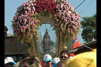 Milhares de pessoas foram às ruas da vila comemorar o Círio de Nossa Senhora das Graças - Domingo foi de muita festa, louvor e fé para os católicos do distrito de Icoaraci.