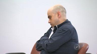 Homem que matou jovem atropelada é levado a júri popular em Sorocaba - O homem que atropelou e matou uma jovem em dezembro de 2006, em Sorocaba (SP), é julgado nesta terça-feira (1º) em júri popular. A promotora de eventos Fabiana Cardoso Guimarães foi atingida por um veículo em frente a um bar no e, segundo o laudo da perícia, o motorista, Rafael Guazelli, estava alcoolizado.