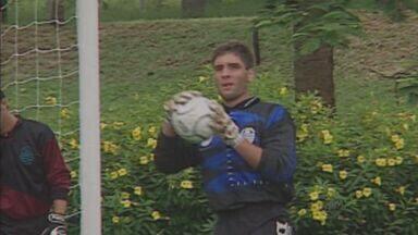 Antes de brilhar no Palmeiras, Fernando Prass passou pela Francana - Passagem pela Veterana durou quatro meses, durante Campeonato Paulista da Série A2, em 2000.