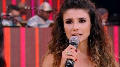 Regina Casé fala sobre feminismo e Paula Fernandes conta os desafios de ser mulher - A gata fala da vida de cantora e empresária