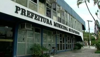 Esquema de fraude teria desviado 94 milhões da Prefeitura de Itapemirim, ES - O prefeito Luciano Paiva e seu primo são suspeitos de desviar o dinheiro.