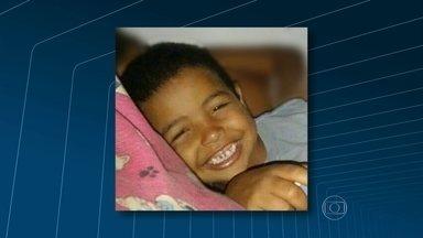 Polícia investiga morte do menino Kaike Bruno, que estava desaparecido - Os policiais já ouviram o depoimento de pais e parentes da criança e agora buscam por testemunhas que possam ajudar nas investigações.