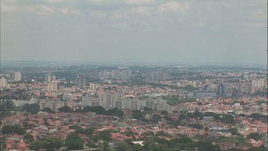 Confira como fica o tempo na região de Campinas - Frente fria começa a se afastar da região, mas tarde ainda pode ser de chuva na região de Campinas (SP).