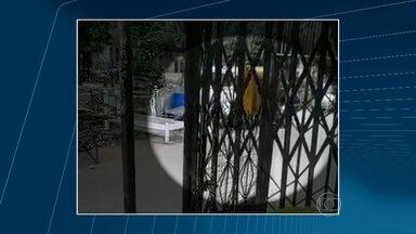 Vídeo mostra ataque de bandidos aos PMs do Jacarezinho - Os dois policiais morreram no domingo. A polícia ainda está atrás dos assassinos.