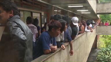 Vestibular seleciona estudantes indígenas para as universidades públicas do Paraná - As provas vão até amanhã na UEL. Além das tradicionais questões escritas e da redação há também um teste oral.