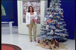Cartas de telespectadores de Uberlândia são colocadas em árvore de Natal do MGTV - Mensagens são enviadas à sede da TV na cidade, que fica no Bairro Umuarama.