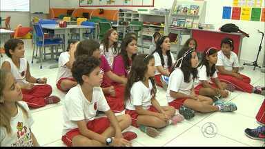 Quando Será fala sobre a hora de aprender outros idiomas - Qual a hora certa das crianças começarem a aprender um novo idioma?