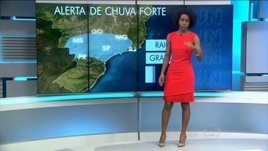 Alerta de chuva forte para o Sul nesta sexta (11) - Chuvas com raios e trovões também devem atingir o Pará, Roraima, Amazonas, São Paulo e Minas Gerais.