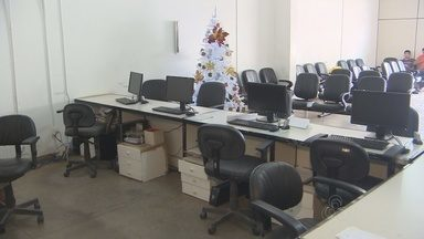 Órgãos do governo do Amapá ficam sem serviço de internet - Desde a quarta-feira os órgãos do governo do Amapá estão sem internet. No Detran, por exemplo, o serviço é indispensável, e muita gente voltou para casa sem atendimento.
