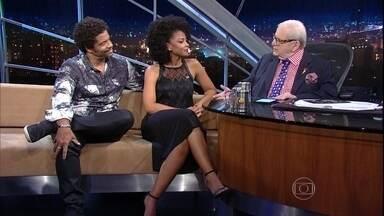Programa do Jô - Programa de Quinta-feira, 11/12/2015,na íntegra - O apresentador recebe famosos e anônimos em entrevistas e musicais nas noites da Globo.