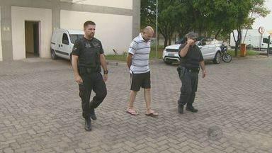 Ex-servidor da prefeitura presta depoimento no Ministério Público em Campinas, SP - Alexandre Corá Francisco foi preso no dia 1º de dezembro acusado de ligação com o 1º comando da capital.
