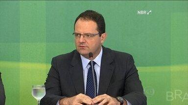 Novos ministros reafirmam compromisso com o equilíbrio das contas do governo - Nelson Barbosa e Valdir Simão pediram colaboração dos outros poderes para a realização do ajuste da economia.