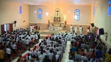 Novenário da Sagrada Família é realizado em paróquia de Aracaju - Novenário da Sagrada Família é realizado em paróquia de Aracaju.