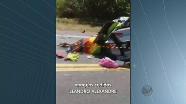 Família de Leme morre em acidente na BR-116 em Salvador - As quatro pessoas da mesma família de Leme morreram neste domingo (20) após um acidente de carro. O carro bateu de frente com uma carreta na BR-116 que liga Irajuba até Salvador.