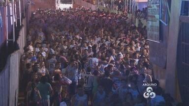 Blocos de carnaval de Santana decidem manter desfiles mesmo sem recurso público - A crise também atingiu o carnaval de Santana, não foi só em Macapá, não. Pois é, mas em Santana mesmo sem recursos públicos os blocos decidiram que vão dar um jeito de desfilar com o mínimo de estrutura. O objetivo é manter a tradição, mesmo com sacrifício.