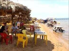 Moradores passam o fim de ano nas praias e no parque Cesamar, em Palmas - Moradores passam o fim de ano nas praias e no parque Cesamar, em Palmas